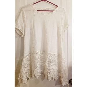 Beautiful White Summer Top size 1X